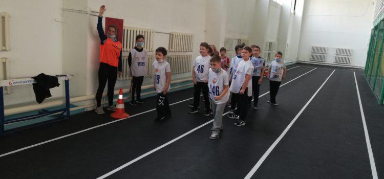Выполняем легкую атлетику в спортманеже АлтГТУ
